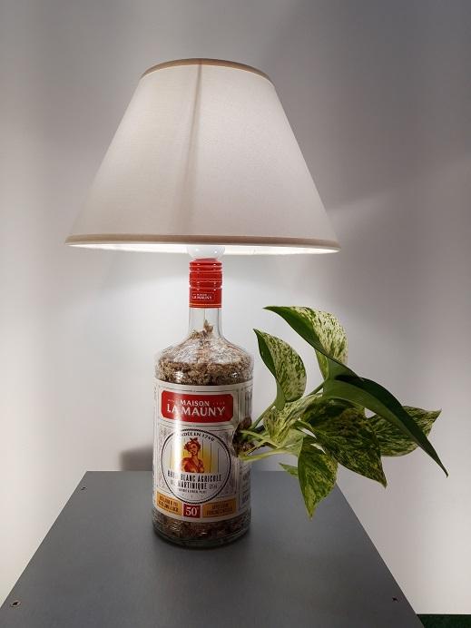 Lampe-Rhum-La-Mauny